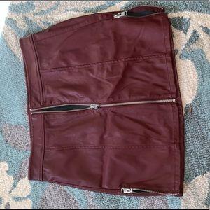 Faux Leather Zipper skirt!